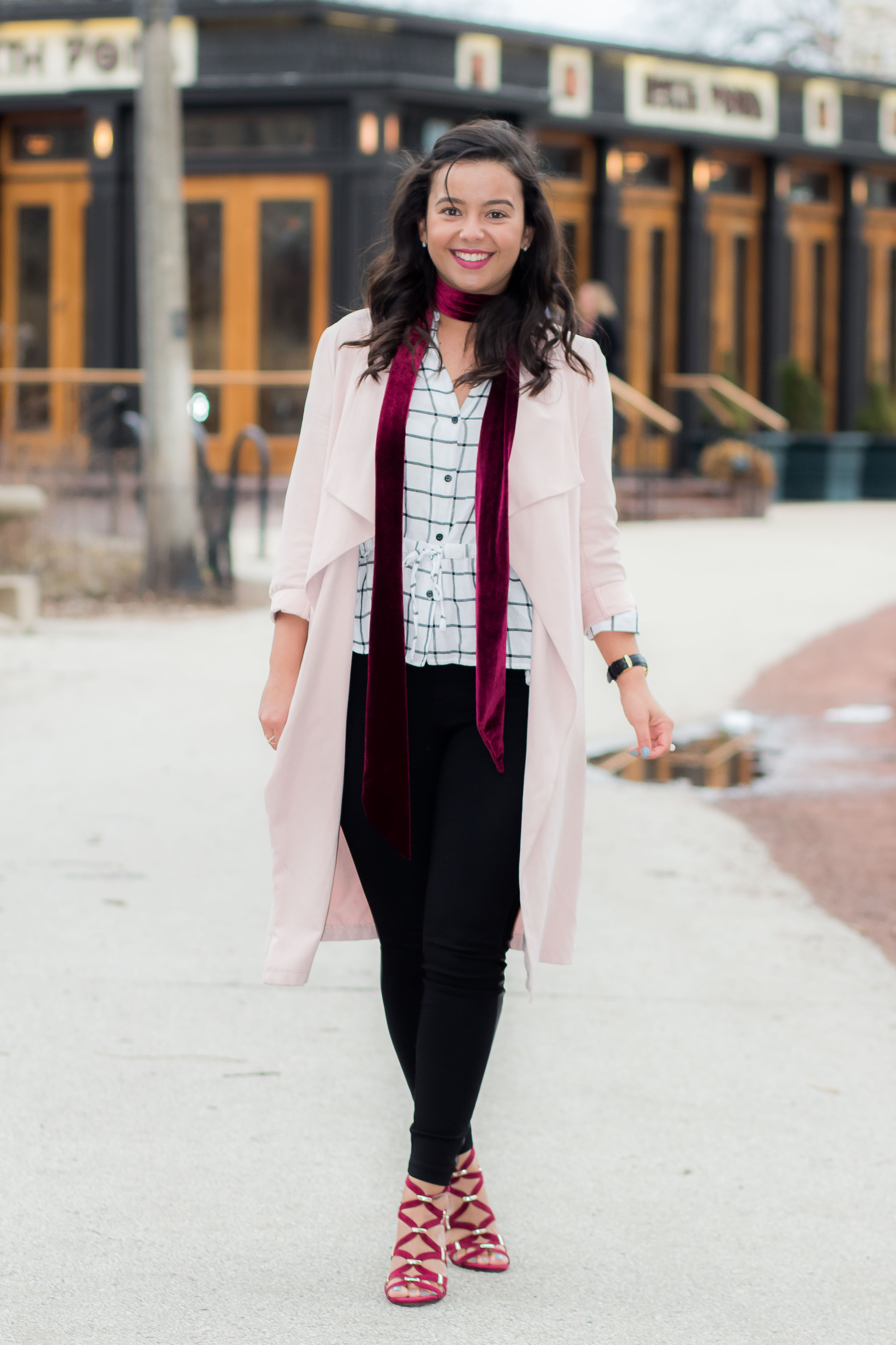 , THE ONLY PINK TRENCH YOU NEED FOR SPRING – PART 1