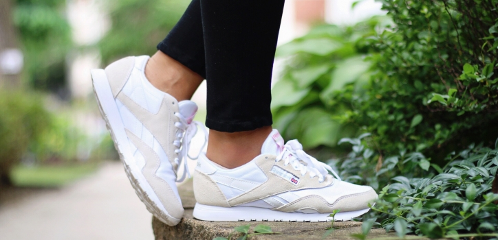 How to style sneakers: 3 chic (and easy!) looks for every occasion